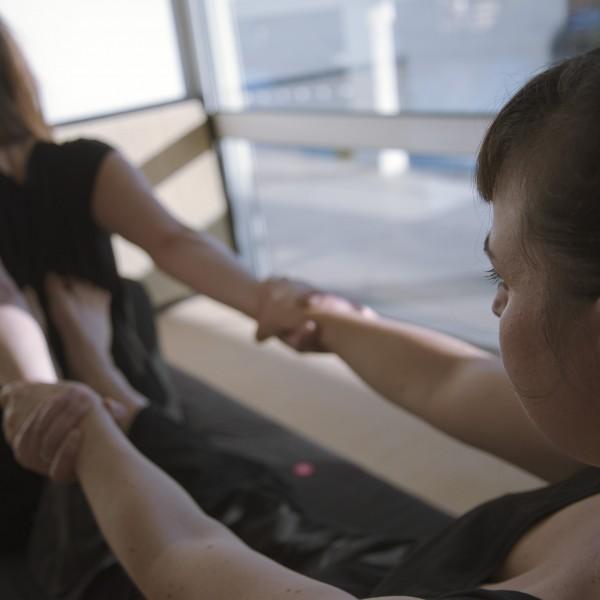 massage thaï étirement du dos 2